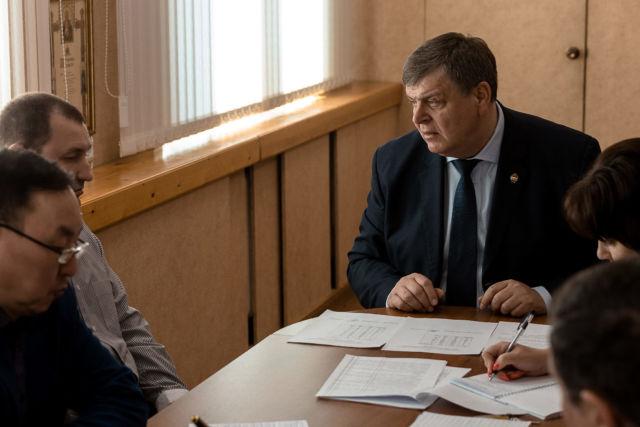 Леонид Олейник совещание